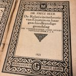 De relativiteitstheorie van Einstein en haar geschiedkundige grondslag – 1921